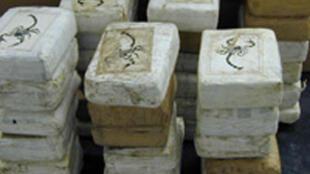 Parte de um carregamento de 400kg de cocaína apreendido no Bénin, no oeste da África.