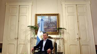 Macri: prévias legislativas podem indicar a porta de saída para o presidente.