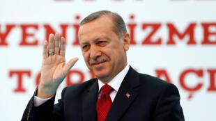 Le président turc Erdogan à Istanbul le 6 mai 2016.
