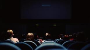 Залы французских кинотеатров заполняются на 15,5%. Индекс заполняемости в других европейских странах равен 13,9%.