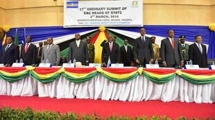 Viongozi wa jumuiya ya Afrika Mashariki wakiwa mkutanoni mjini Arusha Tanzania