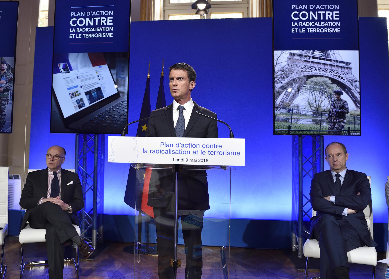 """A França vai criar até o final de 2017 um centro de reintegração em cada região do país para """"pessoas radicalizadas""""."""
