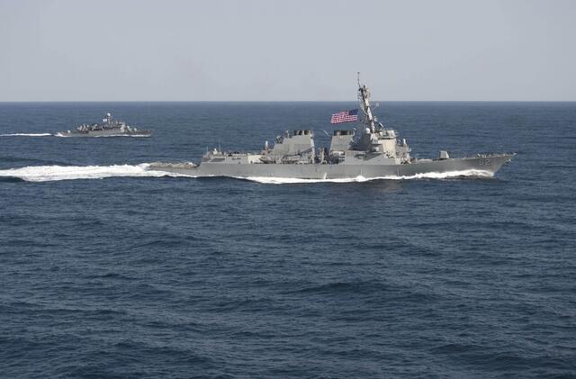 美國拉森號驅逐艦10月27號進入南海