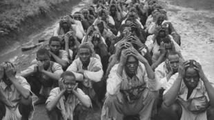 Mau Mau au Kenya (photo du dossier de presse d'Arte pour accompagner la diffusion du documentaire Décolonisations de Karim Miské et Marc Ball)