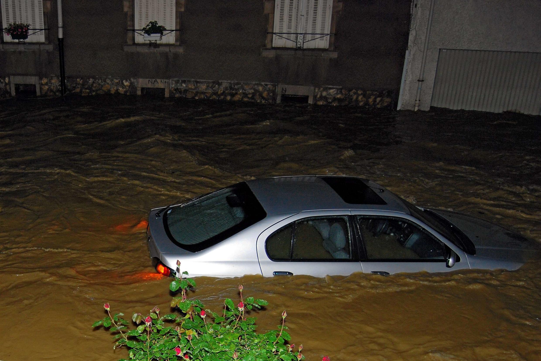 После ливневых дождей в Сен-Макс под Нанси 22/05/2012