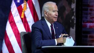 Tổng thống tân cử Joe Biden nghe báo cáo về an ninh quốc gia, tại Wilmington, Delaware, Hoa Kỳ, ngày 17/11/2020.