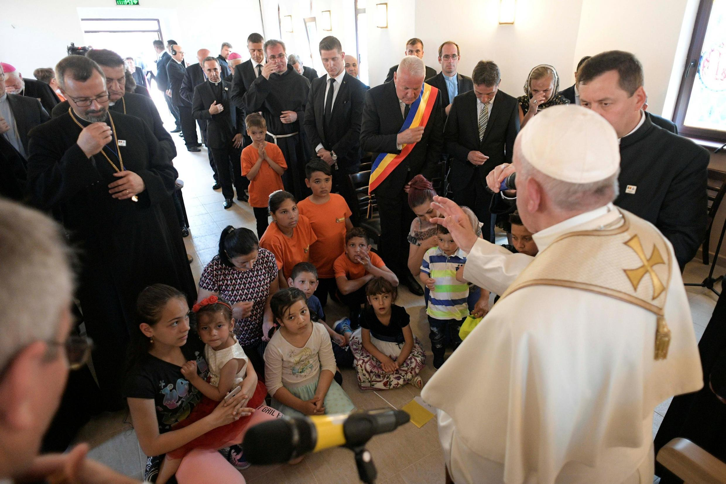Pope Francis meets with members of the Roma community in the Barbu Lautaru district of Blaj, Romania June 2, 2019.