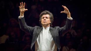 Ricardo Castro fundador do Neojiba e maestro da Orquestra Juvenil da Bahia.