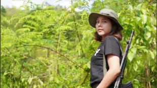 缅甸前选美皇后加入抵抗军政权游击队2021年5月11日