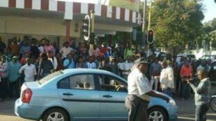 Viatura do juiz Dinis Silica, em Maputo.