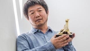"""یوزپلنگ طلایی بهترین فیلم در هفتادمین """"جشنواره فیلم لوکارنو""""، به  """"Wang Bing"""" مستندساز چینی برای  فیلمش """"خانم فنگ - Mrs. Fang """" تعلق گرفت."""