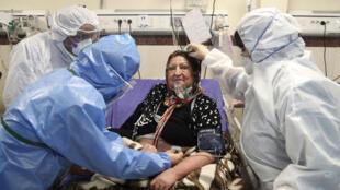وزارت بهداشت ایران، روز چهارشنبه ۳۰ مهر، از شناسایی ۵۶١۶ بیمار جدید مبتلا به کرونا و درگذشت ۳۱۲ نفر دیگر در شبانه روز گذشته خبر داد.
