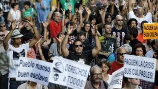 Indignados manifestando en Madrid.