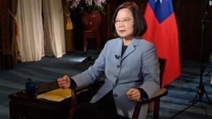 台湾总统蔡英文接受美国有线电视新闻采访资料图片