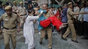 印度首都发生爆炸袭击至少9人丧生