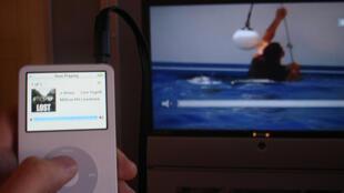 Grâce à la convergence des supports, la télévision reprend un nouveau souffle.