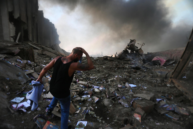 Duas explosões no porto de Beirute causaram uma imensa destruição e deixaram mais de 100 mortos e quatro mil feridos na terça-feira (4).