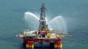 La première plateforme pétrolière iranienne, en mer Caspienne.