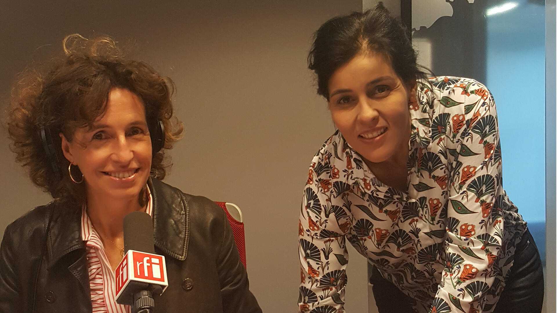Emmanuelle Bastide et Souad Massi.