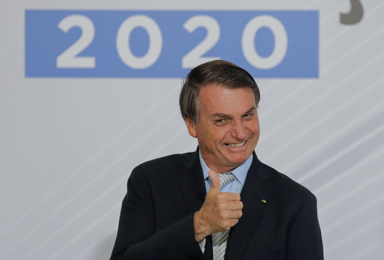 El presidente de Brasil, Jair Bolsonaro, sonríe durante un acto contra la corrupción celebrado el 9 de diciembre de 2020 en Brasilia
