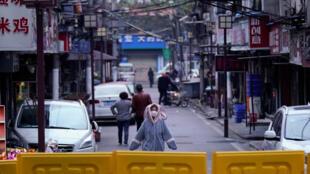 疫情下中国武汉2020年4月1日 照片