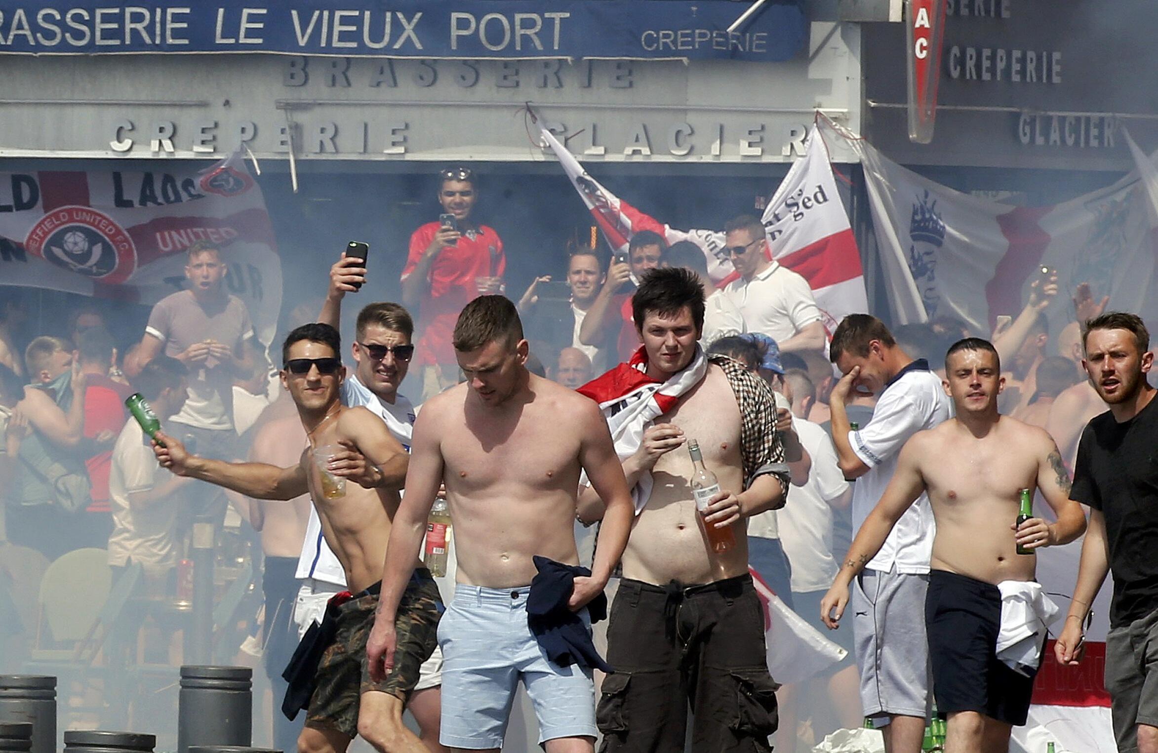 No estádio Velodrome, em Marselha, confrontos entre ingleses  e russos. 11 de junho de 2016.