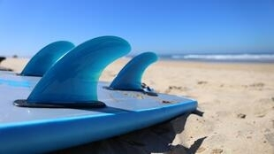 Le surf va-t-il trouver son public en Gambie ?