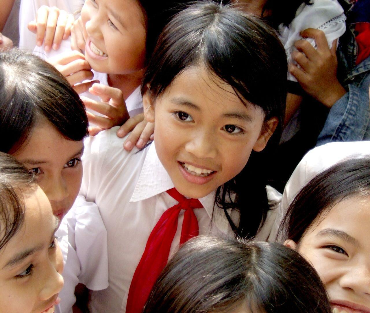 Trẻ em cần được luật pháp bảo vệ trước nanh vuốt của yêu râu xanh - Ảnh minh họa.