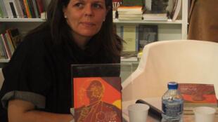 Simone Paulino, escritora, editora e co-organizadora do Printemps Littéraire.