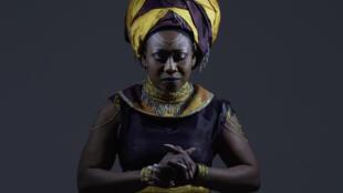 """Djely Tapa se définit comme """"afro-futuriste"""" sur ce disque réalisé par Caleb Rimtobaye, alias Afrotronix."""