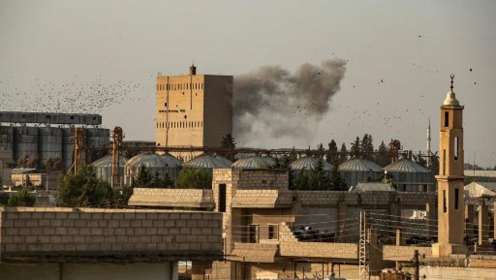 Turquia continua a avançar no norte da Síria e entra em Tal Abyad, após tomar Ras al-Ain na foto