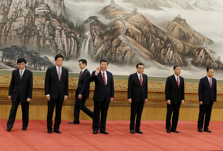 Ủy Ban Thường Vụ mới của Bộ Chính Trị ĐCSTQ. Ảnh tại Bắc Kinh, ngày 25/10/2017.