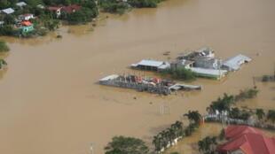 Bão táp ngày càng nghiêm trọng do biến đổi khí hậu. Cảnh lụt ở vùng Cagayan, Philippines, sau trân bão Vamco. Ảnh ngày 14/11/2020.