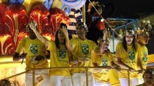 Vũ điệu Samba và nghệ thuật hóa trang, tâm điểm của lễ khai mạc Thế Vận Hội Rio 2016.