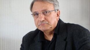 L'écrivain Denis Donikian.