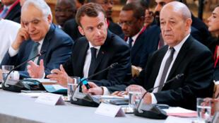 Ảnh minh họa : Tổng thống Pháp Macron (G) và ngoại trưởng Pháp Le Drian (P) tại điện Eslysée, Paris, ngày 29/05/2018.