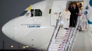 Jusqu'à 6 millions de personnes sont attendues pour la messe du pape François dimanche à Manille.