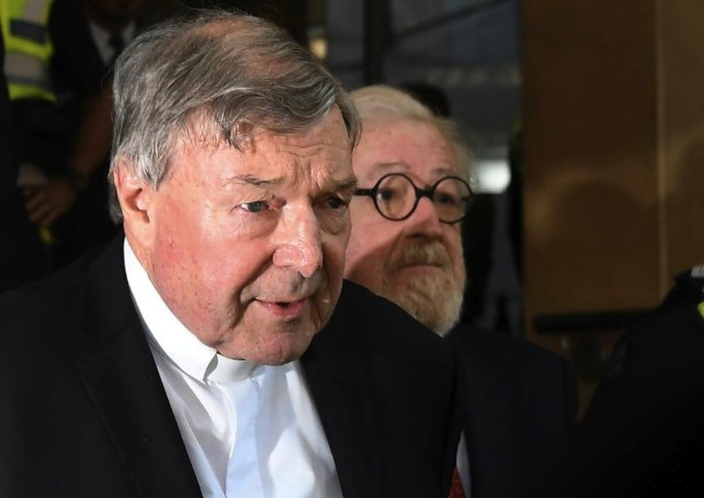 George Pell é acusado de agressões sexuais contra menores na Austrália.
