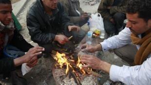 Des milliers de salariés et d'ouvriers saisonniers ont entamé des grèves dans plusieurs villes d'Egypte.