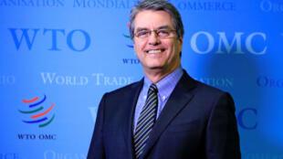 O brasileiro Roberto Azevedo, reeleito diretor-geral da OMC