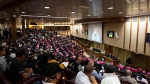 Ordenação de homens casados é uma das questões discutidas durante o Sínodo da Amazônia, realizado no Vaticano até o próximo domingo (27).