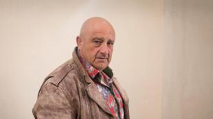 Portrait de l'écrivain Raphaël Jérusalmy, à l'occasion de la sortie de son roman «La rose de Saragosse» paru aux éditions Actes Sud.