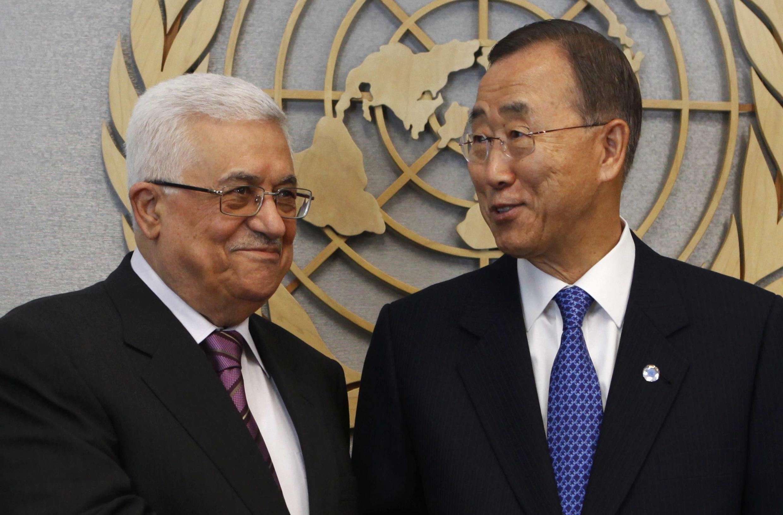 Tổng thư ký Liên Hiệp Quốc Ban Ki-moon (phải) gặp tổng thống Palestine Mahmoud Abbas, tại New York, 19/09/2011