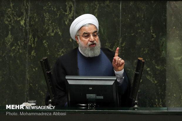 حسن روحانی رئیس جمهوری اسلامی ایران چهار وزیر پیشنهادی خود را برای وزارتخانههای کار، اقتصاد، راه، و صنعت و تجارت به مجلس شورای اسلامی معرفی کرد.