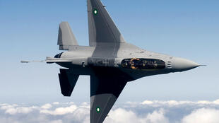Un chasseur F16 de l'armée pakistanaise. Les frappes aériennes se poursuivent au mois de juin 2015 dans la région tribale du Waziristan, frontamière avec l'Afghanistan où sont basées des poches de résistance talibanes.