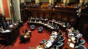 En Uruguay, le Sénat vote la loi dépénalisant l'avortement, Montevideo, le 17 octobre 2012.