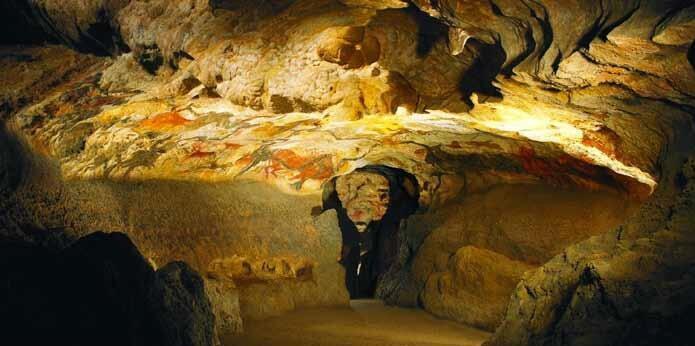 Réplica de la caverna de Lascaux, Museo de Arte Rupestre de Montignac.