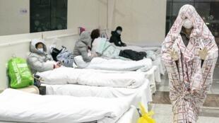 Centre de congrès et d'expositions transformé en hôpital à Wuhan, le 5 février 2020.