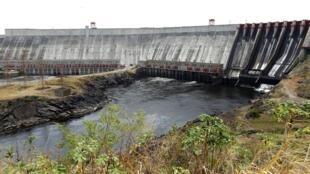 Đập nước Guri Venezuela trong đợt hạn hán 2010. Ảnh minh họa.
