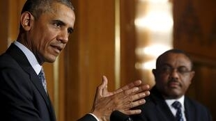 Obama ao lado do primeiro-ministro etíope Hailemariam Desalegn.